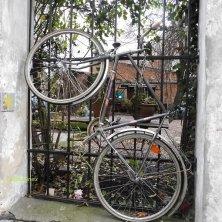 bicicletta attaccata
