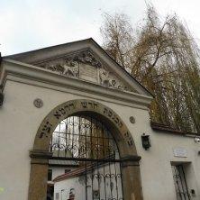 ingresso vecchio cimitero e sinagoga