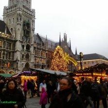 mercatino piazza Municipio