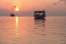 moofushi-maldives-dhoni-boat-excursion-1