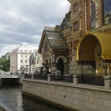 canale vicino chiesa Salvatore sul Sangue Versato San Pietroburgo