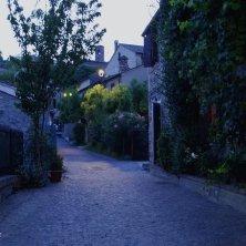 Arqua' Petrarca-vie del borgo-V.Galuppo (4)