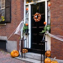 Halloween in Beacon Hill, Boston - Credit Tim GrafftMOTT