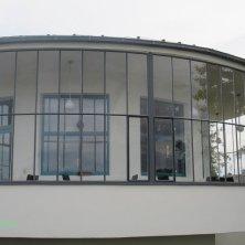 ristorante in stile Bauhaus