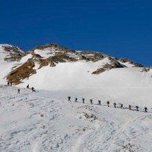 montespluga - so manifestazione mountain wilderness contro utilizzo motoslitte