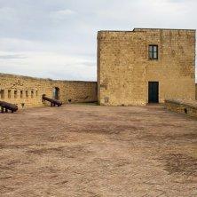 terrazza dei cannoni Castel dell'Ovo