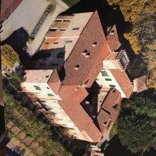Castello sannazzaro di Giarole dall'alto con terrazzo 2
