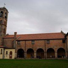 San Pietro Viminario_chiostro chiesa parrocchiale_phEVallarin in bicicletta