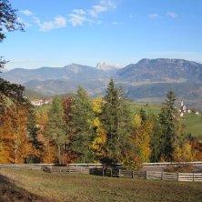 panorama_dolomiten_mittelberg_ritten_herbsttourismusverein-ritten_foto_karin_bauer_renon d'autunno