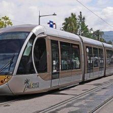 Nizza tram in centro autunno in Costa Azzurra