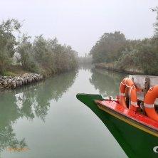 canale a Torcello laguna di Venezia