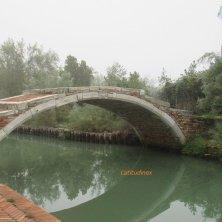 ponte a Torcello laguna di Venezia