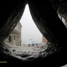 dentro al ponte dei Sospiri Venezia