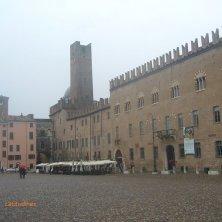 palazzo ducale e piazza