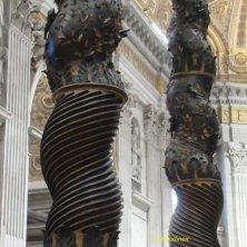 colonne baldacchino San Pietro