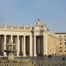 fontana piazza San Pietro