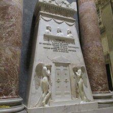 tomba degli Stuart a San Pietro