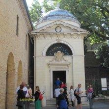 visitatori tomba Dante