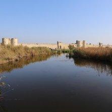 canali e laguna a Aigues Mortes