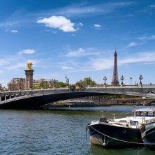 ponte e Tour Eiffel Parigi Baudelaire
