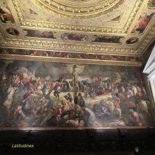 Crocifissione opera del Tintoretto alla Scuola Grande di San Rocco