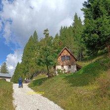 Val di Zoldo_Giro in e-bike_fotoEVallarin autunno in Val di Zoldo