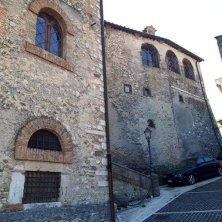 salita e castello Roccagiovine