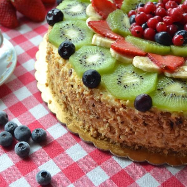 Pan di Spagna e frutta