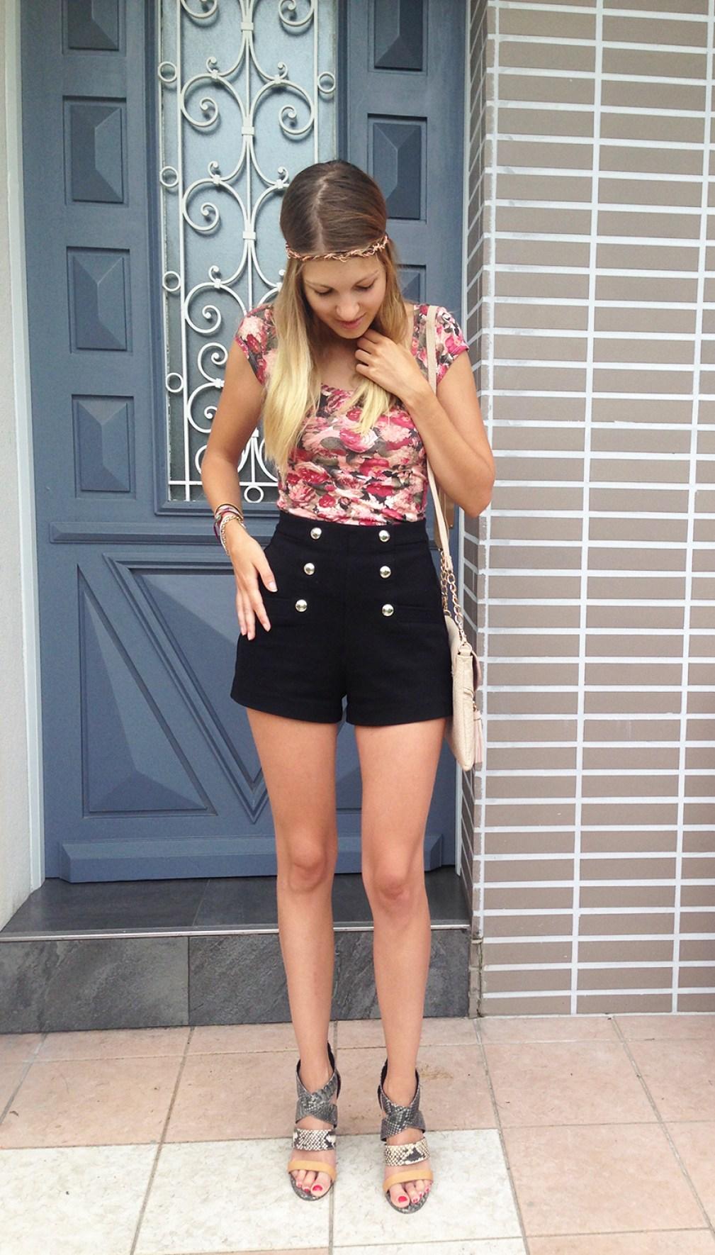 tenue-short-taille-haute