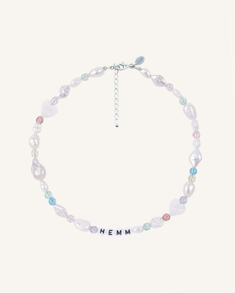 Collar con perlas y cuentas de cristal  de Crush the label