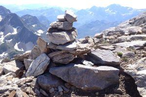 mountain-altar
