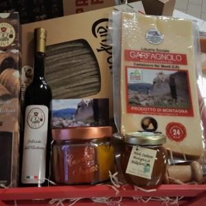 Cassetta rossa con Parmigiano Reggiano, aceto balsamico, miele e prodotti del territorio