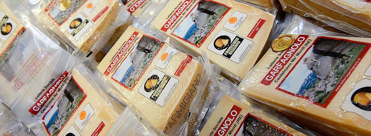 Formaggio Parmigiano Reggiano per gruppi di acquisto solidale