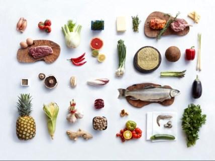 foto alimenti FRUTTA VERDURA PESCE CARNE UOVA OLIO SANTELIA PAPPALARDO DIETA