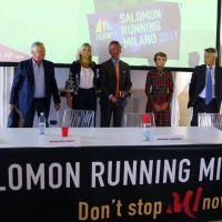 """Sulla musica di """"Don't stop me now"""" presentata la Salomon Running Milano."""