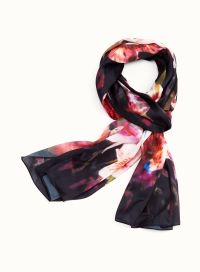 Lily Print Scarf | Laura