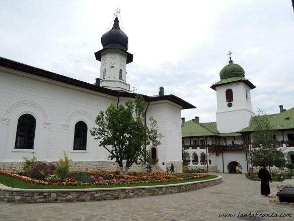 manastirea-agapia-noua