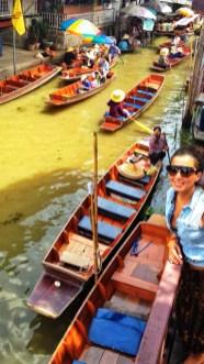 Mercado flotante... Uno de los atractivos principales de Bangkok