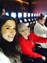 A las maquinitas con la abuela