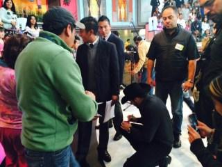 Gerardo entregado a sus fans