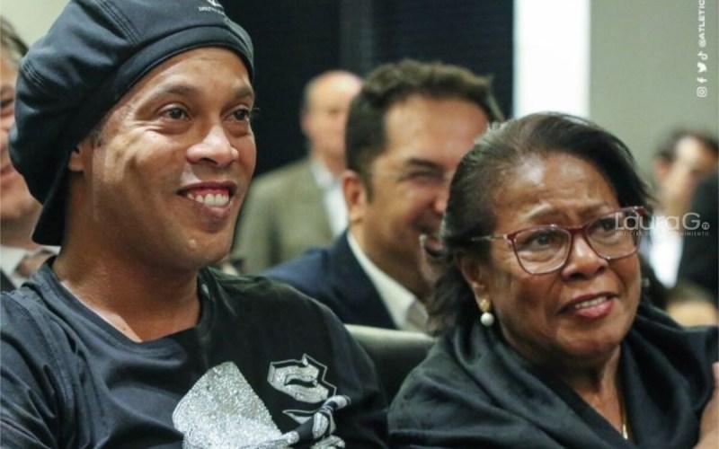 Ronaldinho-madre