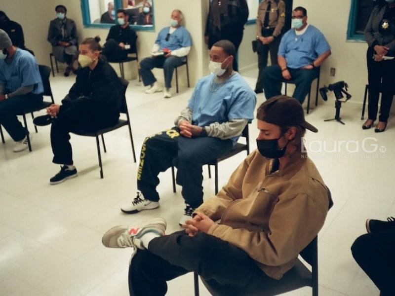 Justin Bieber visita presos
