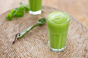 green-smoothie680x450-2