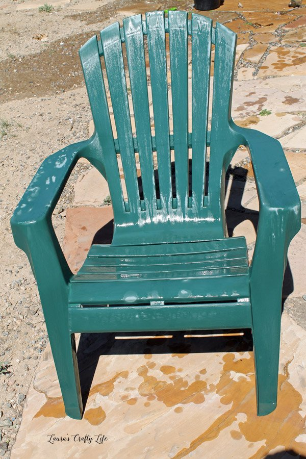 how to paint plastic chairs telescope casual beach chair spray laura s crafty life allow dry thoroughly