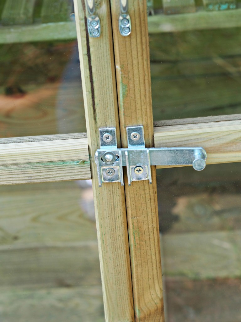 Victorian Tall Wall Greenhouse Review - door handle close up