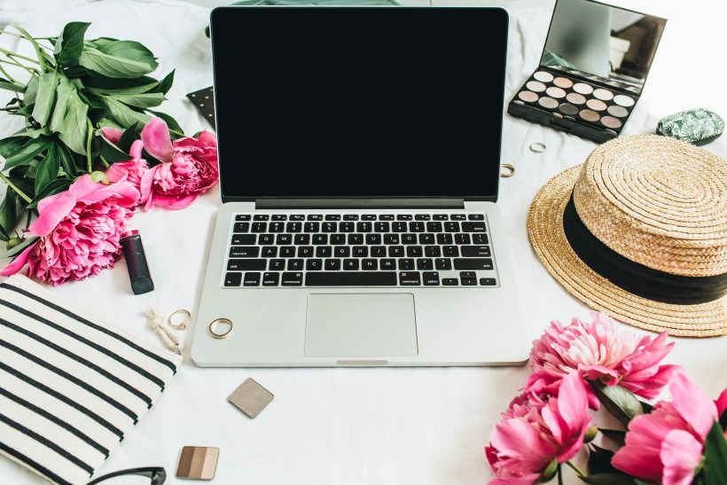 Expenses you can Claim for when you're a Self Employed Blogger