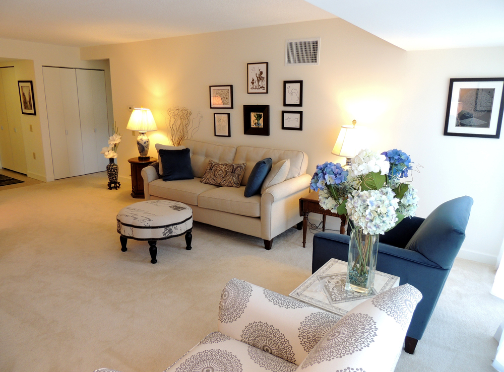 The Garden Apartments of Laurel Lake