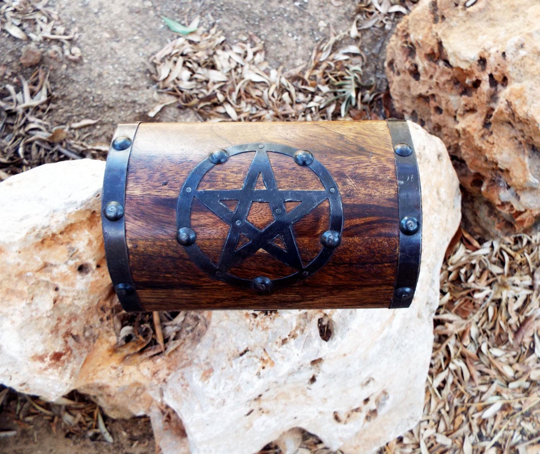Wooden Chest Pentagram
