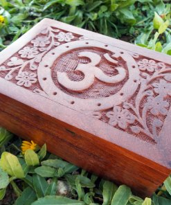 Om Symbol Indian Yoga Meditation Protection Box Handmade Mango Tree Wood Trinket Chest Floral