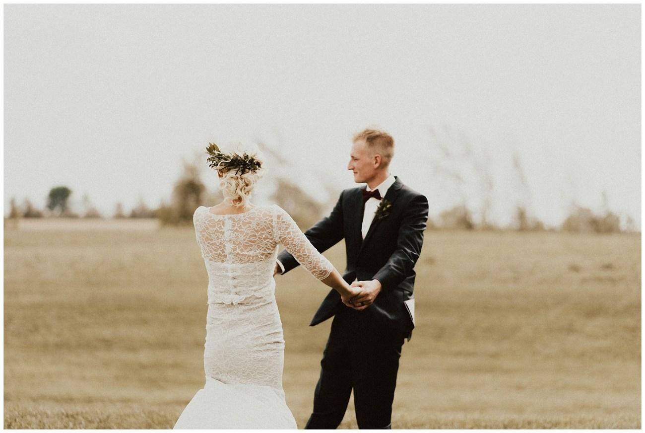 9ff8dd14b Intimate Backyard Wedding - Lauren F.otography | Central Illinois ...